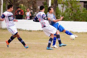 Futbol: Parque Sur ganó y se prende arriba