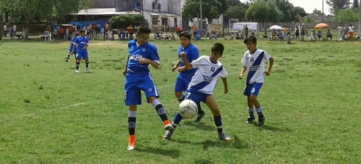 Jugaron los chicos en Villa Sol