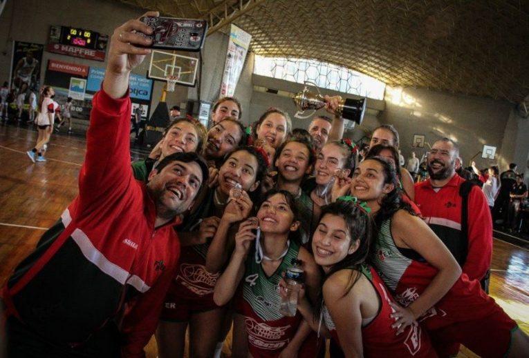 Micaela Quiroga en el podio del Argentino