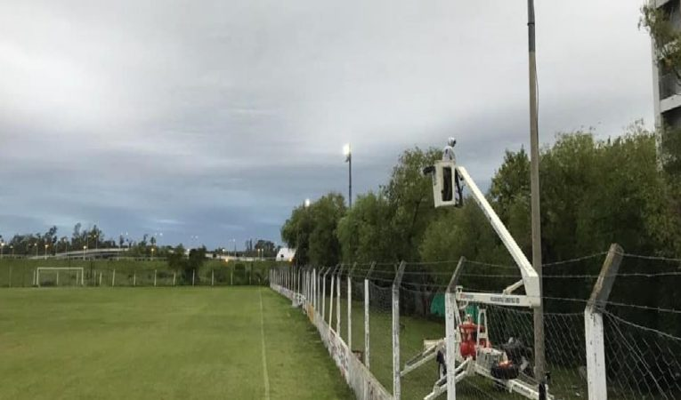 El fútbol se ilumina con más obras
