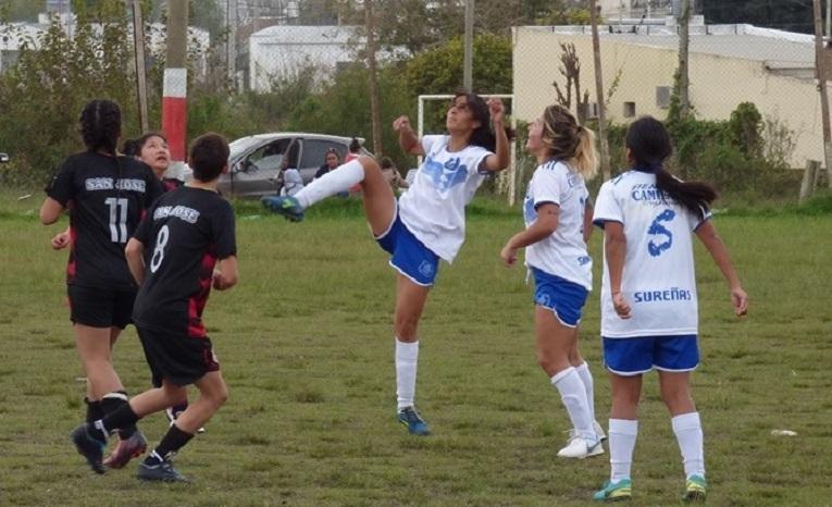 Fútbol femenino: Partido clave por el ascenso
