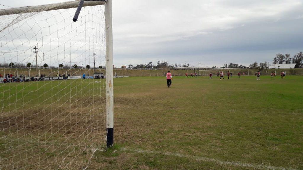 Fútbol: La actividad de Parque para este sábado