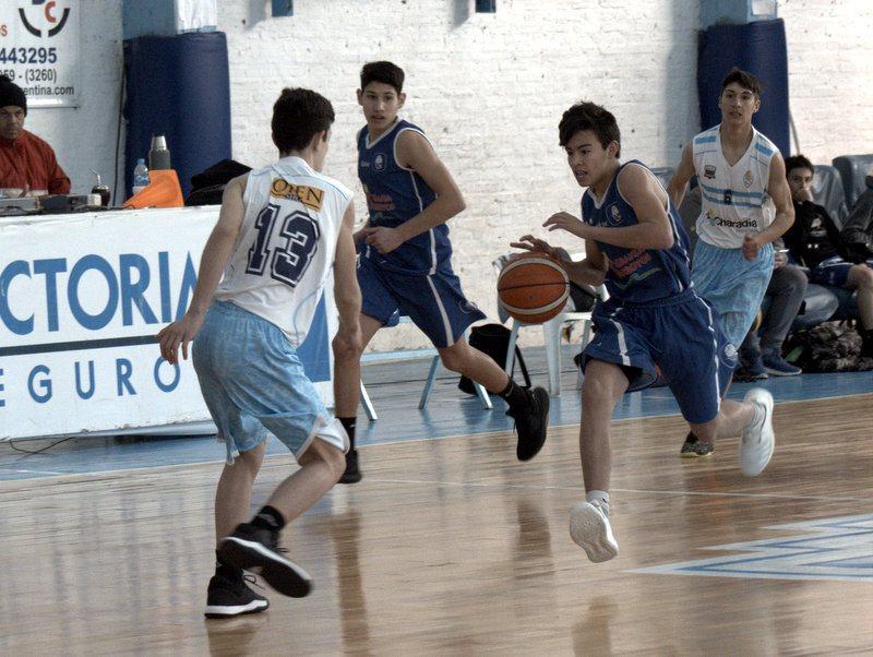 La U15 juega en Gualeguaychú por la Liga